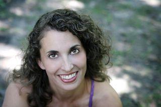 Physiic.com, live yoga classes, online yoga classes, interactive yoga classes, yoga with Laura erdman-luntz, laura erdman-luntz