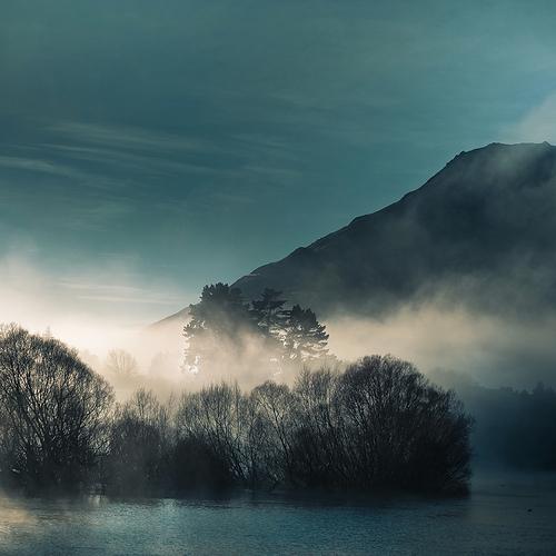 Cloud / Water / Landscape
